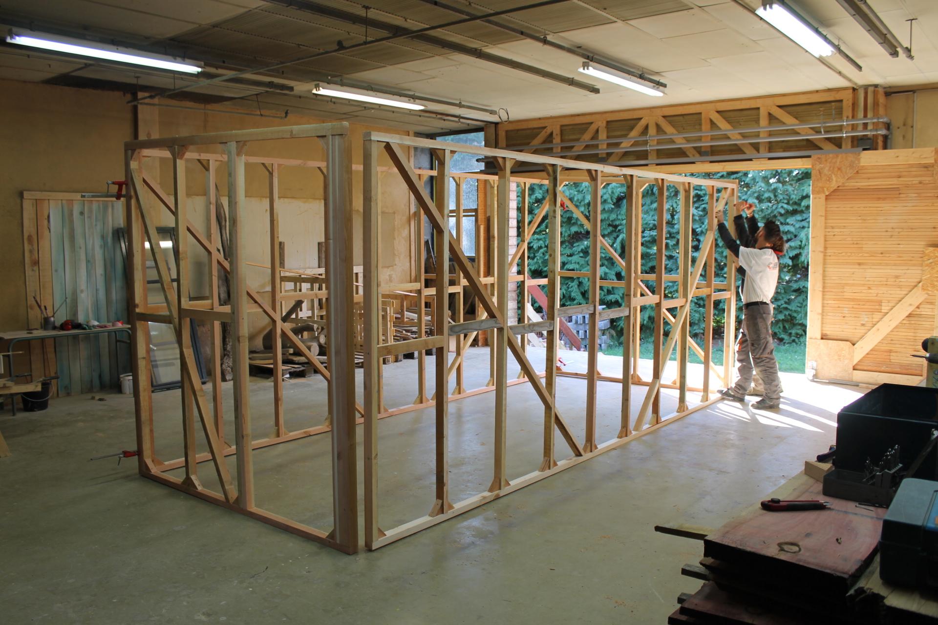 participez la construction d une tiny house au greta du livradois forez greta auvergne. Black Bedroom Furniture Sets. Home Design Ideas