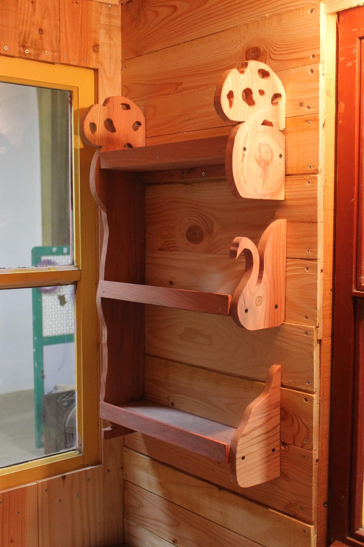 visitez tiny house greta auvergne. Black Bedroom Furniture Sets. Home Design Ideas